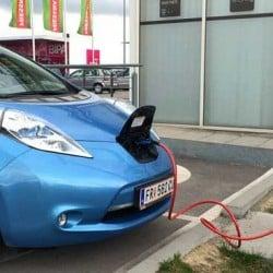 California se marca un reto casi imposible. Un 100% de ventas de coches eléctricos para 2030