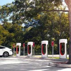 La red de Supercargadores de Tesla supera las 500 estaciones