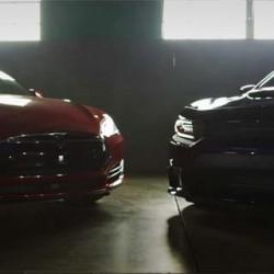 Prueba de aceleración. Tesla P90D Ludicrous contra Dodge Charger Hellcat