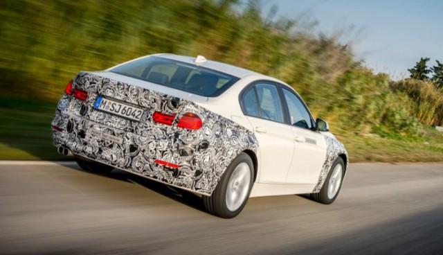 BMW_330e-2