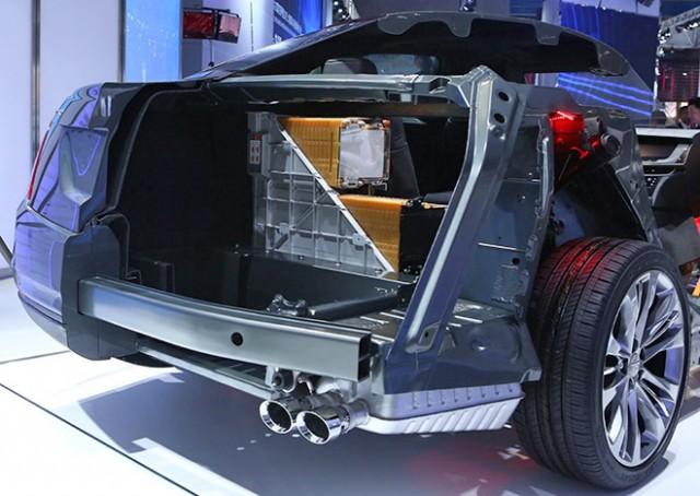 Cadillac-CT6-PHEV-1