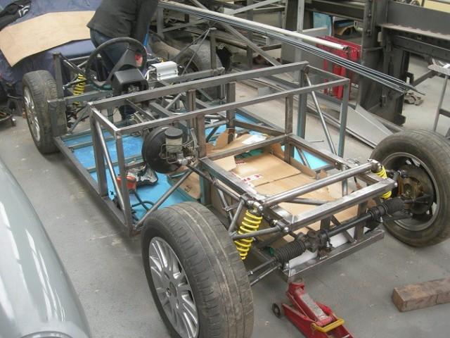 Luka-EV-chassis-668x501