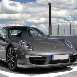 Porsche decidirá este año si hace una versión enchufable del 911