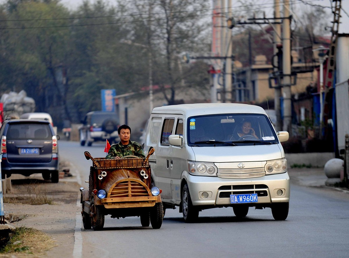 china-wooden-electric-car-3