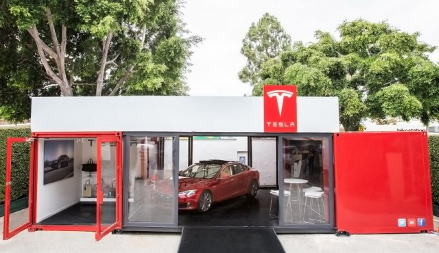 tesla-pop-up-store