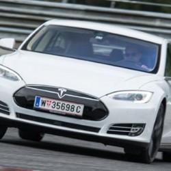 Top Gear prueba el Tesla Model S P85D