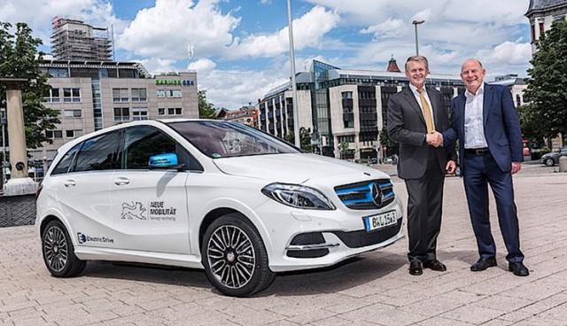 Elektroauto-Verkehrsminister-Hermann
