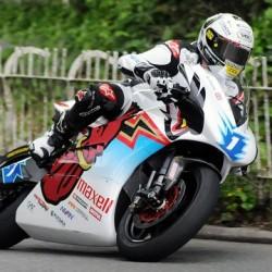 John McGuinness domina el SES TT Zero Challenge 2015