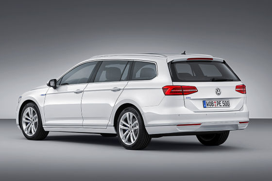 VW-Passat-GTE-Paris-2014-560x373-7b6d31c7d08bc0c6