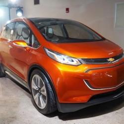 Las primeras pruebas del Chevrolet Bolt le permiten superar los 320 kilómetros de autonomía