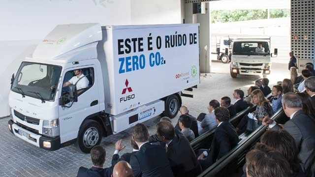 Fuso-Canter-E-Cell-portugal-3