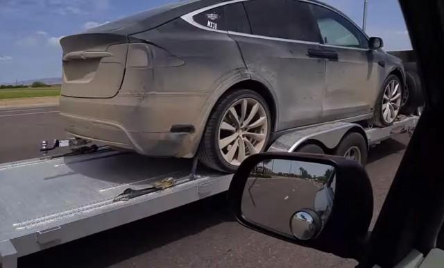 Tesla-Model-X-Off-Road