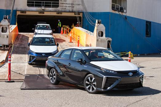Toyota_Mirai_USArrival