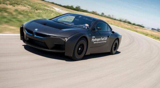 En preparación un BMW i8 eléctrico con 400 kilómetros de autonomía