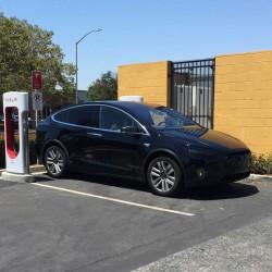 Empieza la producción del Tesla Model X para Europa