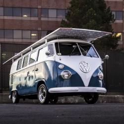 Una Volkswagen de 1966 impulsada por energía solar