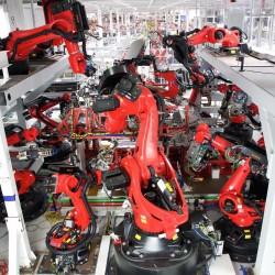 Grohmann Engineering centrará todos sus esfuerzos en preparar la línea de montaje del Tesla Model 3