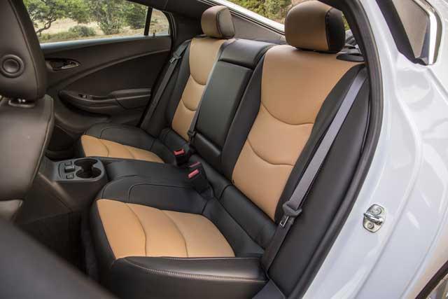2016-chevrolet-volt-rear-interior-seats