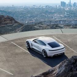 Porsche creará más de 1.400 empleos para la fabricación del eléctrico Mission E