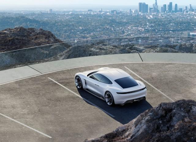 Porsche Mission E5