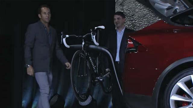 tesla-model-x-soporte-bicicletas