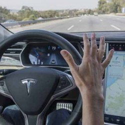 Volvo critica con dureza el sistema de autopilotaje de Tesla