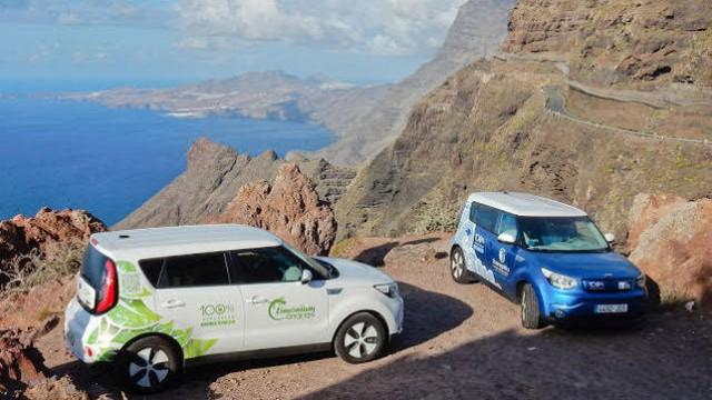 electricos-completaron-Gran-Canaria-recargar_EDIIMA20150928_0975_18