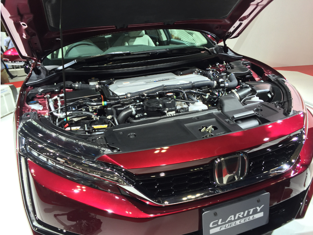 honda-clarity-fuel-cell-2015-tokyo-motor-show_100531909_h