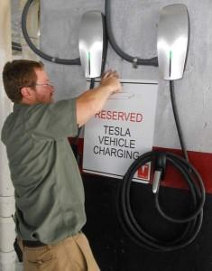 t600-8.20 Tesla charging at Hyatt 2