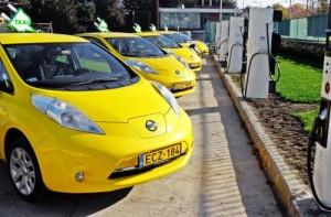 taxi electrico Nissan LEAF