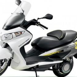 Suzuki probará una moto a hidrógeno en 2016