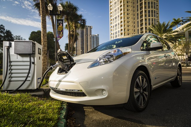 BMW-Nissan-fast-charge