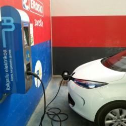 Se pone en marcha el programa de ayudas a la compra de coches eléctricos en el País Vasco