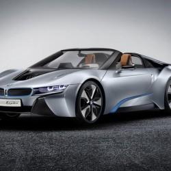 El BMW i8 Spyder recibe luz verde. Posible nueva motorización y más baterías para el híbrido enchufable