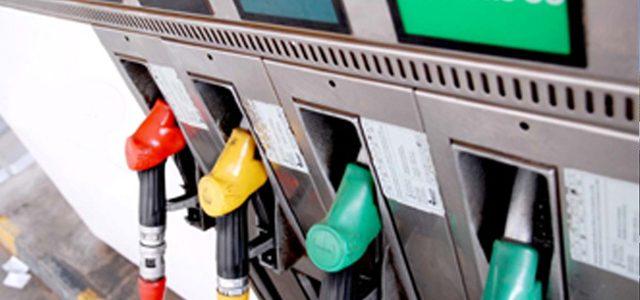 Reino Unido prohibirá la venta de coches diésel, gasolina e híbridos en 2040