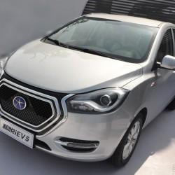 JAC iEV5. Un coche eléctrico chino y económico