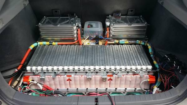 leaf-battery-expansion