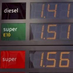 Arabia Saudita podría subir el precio del petróleo un 40%
