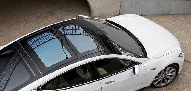 2013-tesla-model-s-passengers-side-above-view-e1453777355666