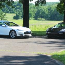 Historial de las ventas de Porsche comparadas con las de Tesla