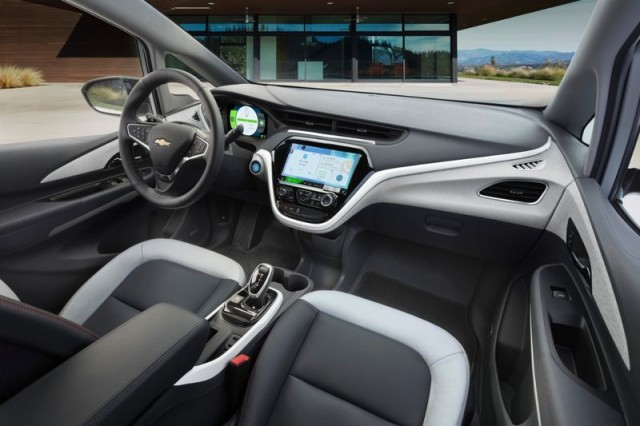 chevrolet-bolt-interior