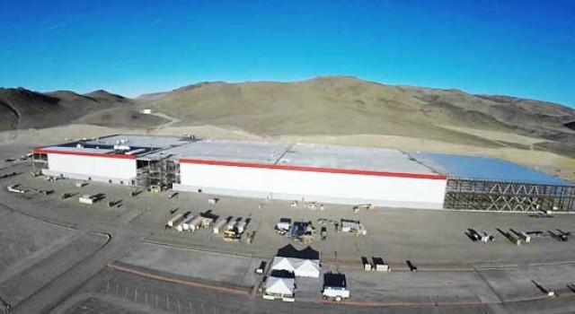 Tesla confirma el inicio de la producción de las baterías para el Model 3 en la Gigafábrica de Nevada