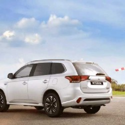 El Mitsubishi Outlander PHEV supera las 100.000 unidades vendidas
