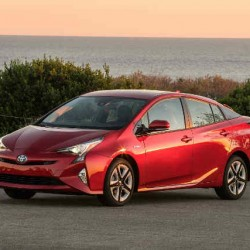 La próxima generación del Toyota Prius podría ser sólo enchufable