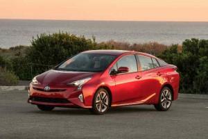 2016-Toyota-Prius-Exterior