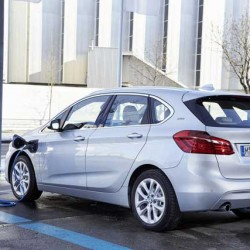 Ha sido noticia esta semana: Novedades Tesla, BMW 225xe Active Tourer, ventas en Noruega…