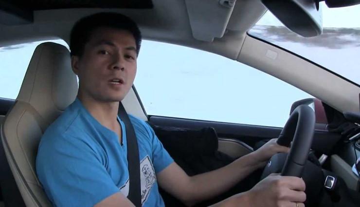 Bjorn-Nyland-wins-second-Tesla-referral-contest-740x425