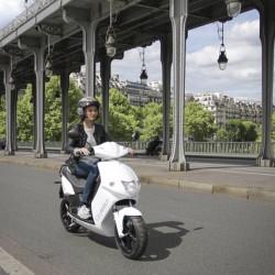 París añade 1.000 nuevos scooters eléctricos a su flota de motosharing Cityscoot