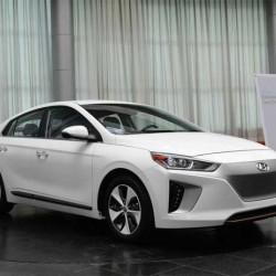 Hyundai lanza en Corea una versión más económica del IONIQ eléctrico