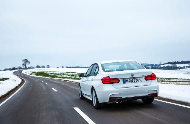 BMW-330e-iPerformance-2